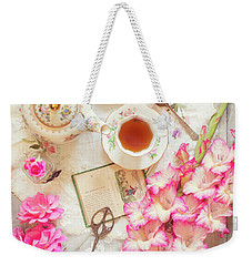 Roses And Gladiolas With Vintage Tea Pot And Cups Weekender Tote Bag