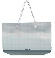 Weekender Tote Bag featuring the photograph Sailing The Horizon by Linda Lees