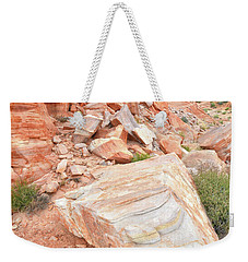 Weekender Tote Bag featuring the photograph Sandstone Arrowhead In Valley Of Fire by Ray Mathis