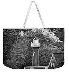 Weekender Tote Bag featuring the photograph Sedgely Club - Turtle Rock Lighthouse by Bill Cannon