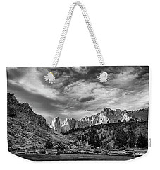 Smith Rock Bw Weekender Tote Bag
