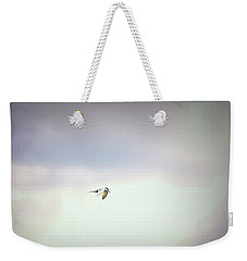 Weekender Tote Bag featuring the photograph Soaring Tern. by Leif Sohlman