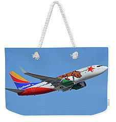 Southwest Boeing 737-7h4 N943wn California One Phoenix Sky Harbor October 16 2017 Weekender Tote Bag