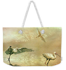 Weekender Tote Bag featuring the photograph Spoonbill Morning by Brian Tarr