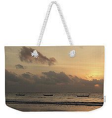 Sunrise On The Beach With Wooden Dhows Weekender Tote Bag
