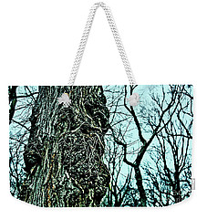 Weekender Tote Bag featuring the photograph Super Tree by Sandy Moulder