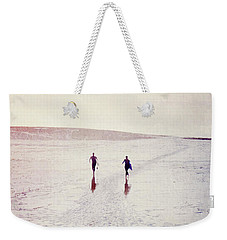 Weekender Tote Bag featuring the photograph Surfers In The Snow by Lyn Randle