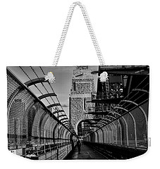 Sydney Harbor Bridge Bw Weekender Tote Bag
