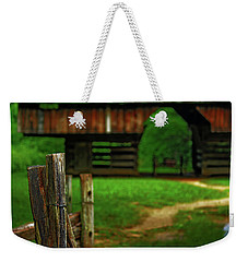 Weekender Tote Bag featuring the photograph Tennesse Barn by Rowana Ray