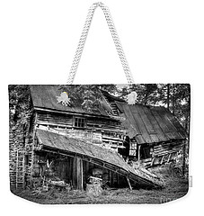 Weekender Tote Bag featuring the photograph The Old Homestead by Douglas Stucky