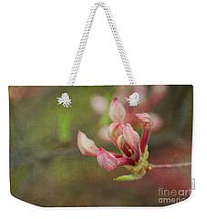The Pink Claw, Textured - Georgia Weekender Tote Bag