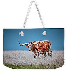 Weekender Tote Bag featuring the photograph The Texas Longhorn by Linda Unger