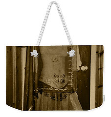 Weekender Tote Bag featuring the photograph Tiny Dancer by Denise Fulmer