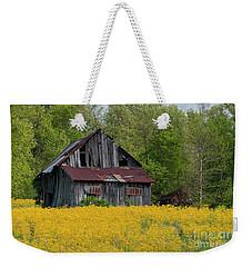 Tired Indiana Barn - D010095 Weekender Tote Bag