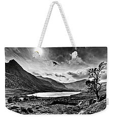 Tryfan And Llyn Ogwen Weekender Tote Bag