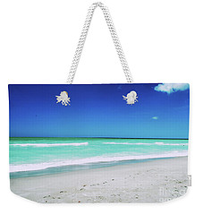 Weekender Tote Bag featuring the photograph Venice Beach by Gary Wonning