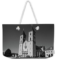 Weekender Tote Bag featuring the photograph Victoria, Kansas - Cathedral Of The Plains 6 Bw by Frank Romeo