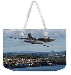 Vulcan Bomber Xh558 Dawlish 2015 Weekender Tote Bag