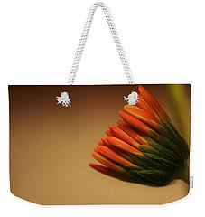 Wee Gerber Daisy In Bloom - Georgia Weekender Tote Bag
