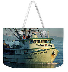 Weekender Tote Bag featuring the photograph Western King At Breakwater by Randy Hall
