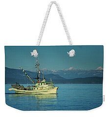 Weekender Tote Bag featuring the photograph Western King At French Creek by Randy Hall