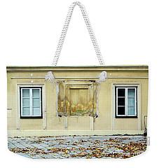 Wiener Wohnhaus Weekender Tote Bag