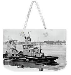 Winter Tugs Bw Weekender Tote Bag