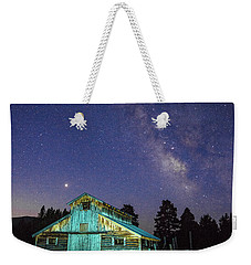 Weekender Tote Bag featuring the photograph Barn In Rocky 2 by Gary Lengyel