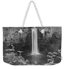 Weekender Tote Bag featuring the photograph Black And White Taughannock Falls by Dan Sproul