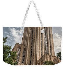 Weekender Tote Bag featuring the photograph Cathredral Of Learning by Guy Whiteley