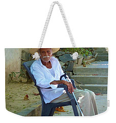 Weekender Tote Bag featuring the photograph Hola Senor by Rosanne Licciardi