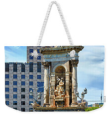 Weekender Tote Bag featuring the photograph Monumental Fountain In Barcelona by Eduardo Jose Accorinti