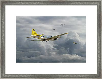 B17 - Rocky Road Home Framed Print by Pat Speirs