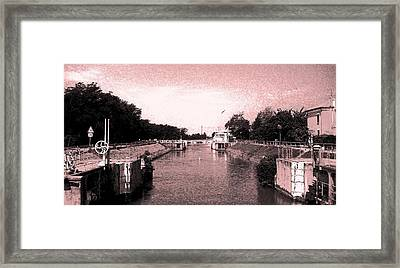 Framed Print featuring the photograph  Channel Old-fashioned by Giuseppe Epifani
