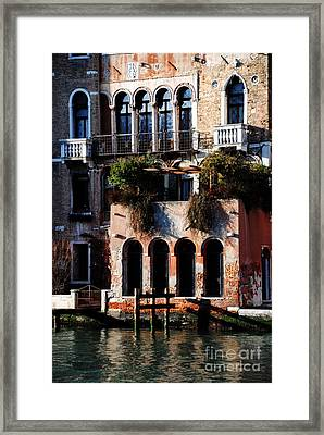 Great Digs In Rialto Framed Print by Jacqueline M Lewis