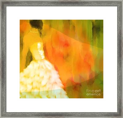 Last Dance Framed Print by Hilda Lechuga