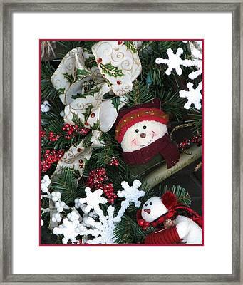 Merry Christmas Snowmen Wreath Framed Print