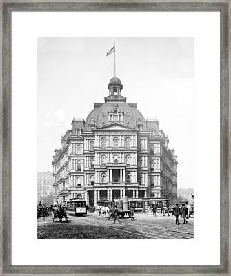 Nyc, City Hall Post Office Framed Print by Science Source