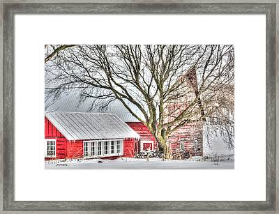 Oak Valley Farm Framed Print