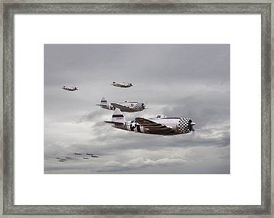 P47 Thunderbolt  Top Cover Framed Print by Pat Speirs