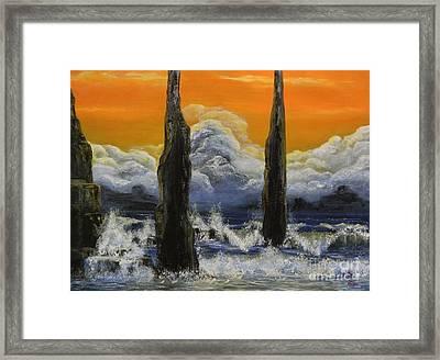 Pilares. Framed Print by Daniel Sanchez