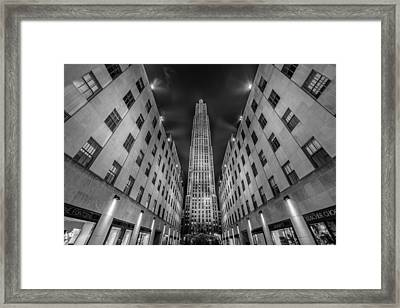 Rockefeller Center - New York - Usa 2 Framed Print