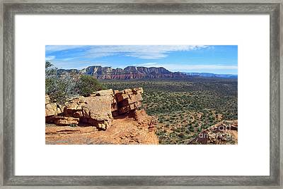 Sedona View From Roober Roost Framed Print by Sin D Piantek