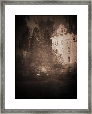 010 Framed Print by Laurentis Ure