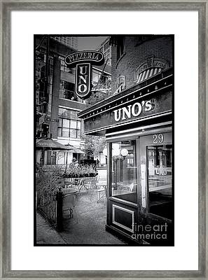 0748 Uno's Pizzaria Framed Print