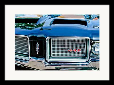 Oldsmobile 442 Framed Prints