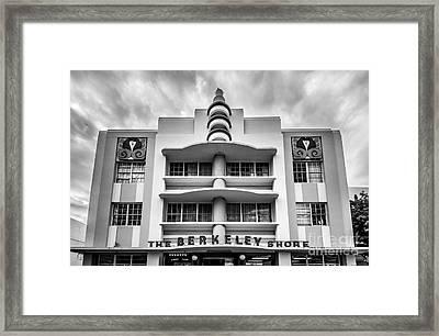 Berkeley Shores Hotel  2 - South Beach - Miami - Florida - Black And White Framed Print