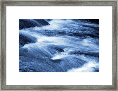 Blue Stream Framed Print by Les Cunliffe
