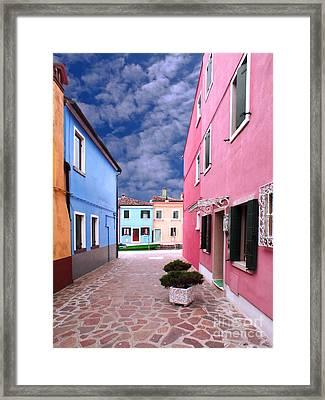 Burano 02 Framed Print