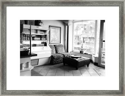 Cafe Framed Print by Thomas Leon